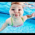 Clip tập bơi của các bé cực kỳ đáng yêu